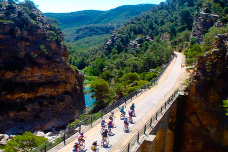 by bike to the green way of la Vall de Zafán